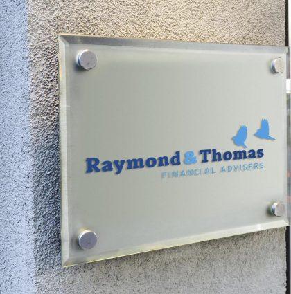 Raymond & Thomas Logo & Branding